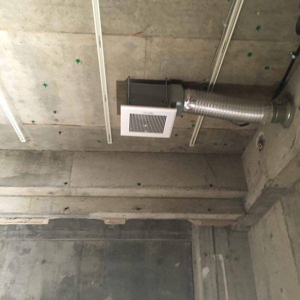 東京都豊島区 全面改装に伴い換気設備撤去及び交換