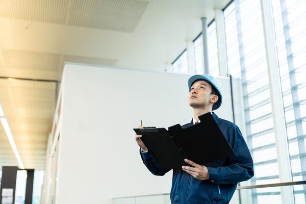 施設の安全性を確保する「特定建築物定期調査」とは?